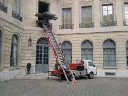 Monte meuble location débarras 17 Charente Maritime